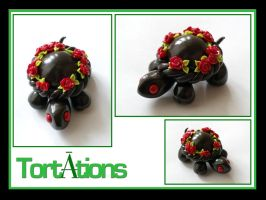 Bouquet the Tiny Tort by Tortations