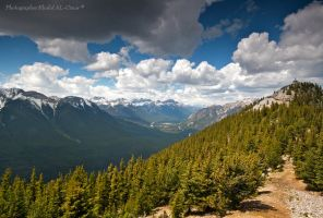 Rocky Mountains in Banff by tamauz