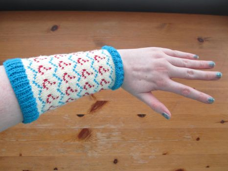 7th Doctor Armwarmer by fourthimbles