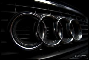 Audi grille by IceBone