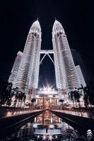 Petronas Towers by mers01