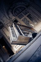 Lee's Piano by Gothicide