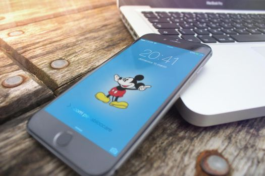 MickyMouse Clock from Apple Watch Wallpaper by ispazio