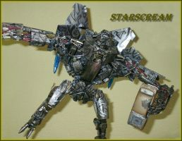 Starscream custom repaint by Catskind