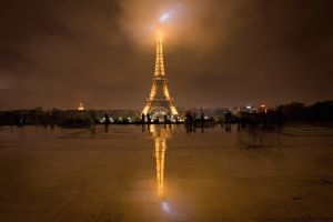 Rainy Trocadero, Paris... by vincentfavre