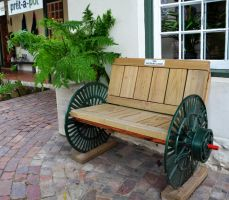 Bench with wheels by Elsapret