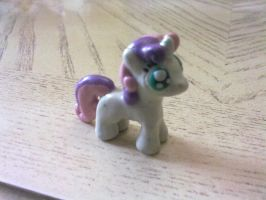 Sweetie Belle Figurine by Plucsle