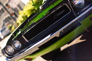 Dodge Challenger by xshadowx