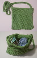Knitting - Cabled Bag by Vidimus78