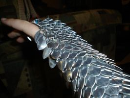 Scale gauntlet of DOOM by Solomin