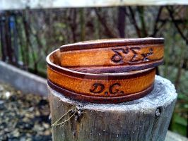 The Doctor's Name! Doctor Who leather bracelet by gumex