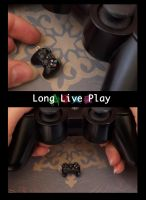 PS3 Controller Charm by DeliciousTrickery