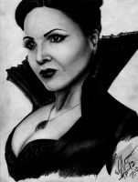 Regina Mills/Evil Queen by SempreAmore