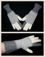 Grey scrap gloves by KnitLizzy