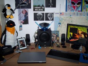 Home_Desk_shot___II_by_pkmurugan.jpg