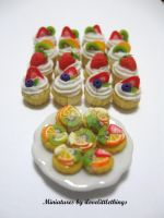 Miniature Fruit Cupcakes by ilovelittlethings