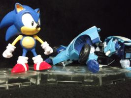 Sonic The Hedgehog is ALWAYS fastest thing around by forever-at-peace