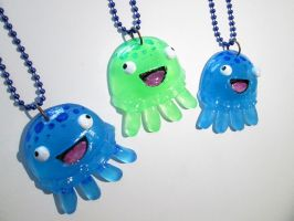 Derpy Jellyfish Glow Necklace by DragonCid