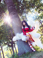 Ahri Cosplay by RinnieRiot