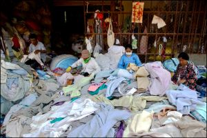 Poipet garment workers 9 by watto58