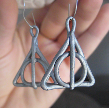 Deathly Hallows Earrings by Totally-Tomboy
