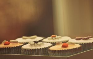 Day 137: Cupcaketh by Kaz-D