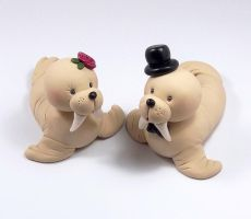 Walruses Wedding Cake Topper by HeartshapedCreations