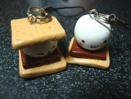 smore phone charm by cutieexplosion