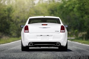 2012 300 SRT8 7 - Press Kit by notbland