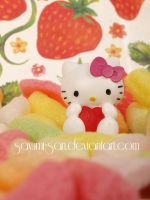 strawberry heart by Sayumi-san