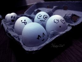 Egg Face by NANiNG-iAH