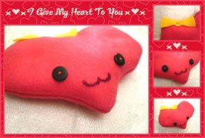 heart plushie by Kezzi-Rose by Cute-Craft