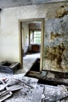 Glencoe: Abandoned House VIII by basseca