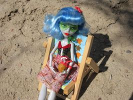 MH Ghoulia Beach Time 4 by immortalmina