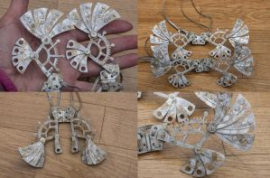 Steel 3D printed movable wings for small dolls by tartaucitron