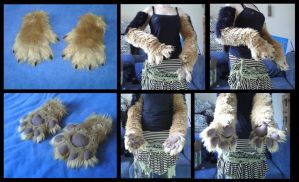 Coonhound Handpaws by CuriousCreatures