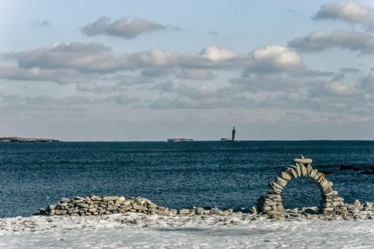 Arch and Lighthouse by astomious