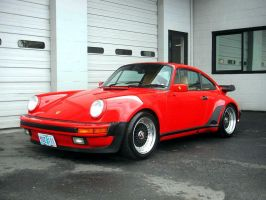 porsche_930_turbo by puddlz