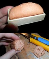 Realistic mini bread by kayanah