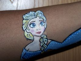 Elsa from Frozen Arm Perspective (Close Up) by Peacekeeperj3low