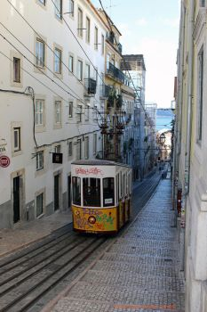 Cable car 1 by MarcZingg