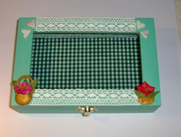 Green Box with fimo flowers by sississweets