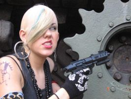 Tank girl snarls by LynMarie