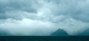Clouds over Lofoten by olahaldor