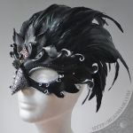 Raven Queen mask V2 by Beadmask