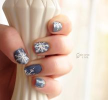 Snowflake by RobertsPhotography