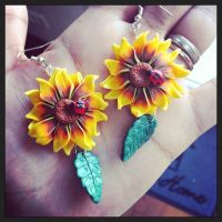 Sunflower and ladybug by Merlyn-Wood