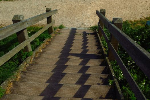 Stairs to the beach by Baoz94