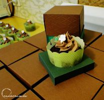 Handmade Cupcake Boxes by cakecrumbs