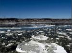 Ice flows on the Hudson by nnr-rtst